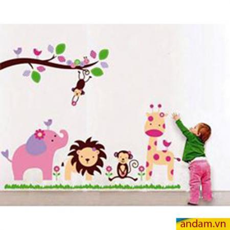 Decal dán tường vườn thú nhỏ voi hồng