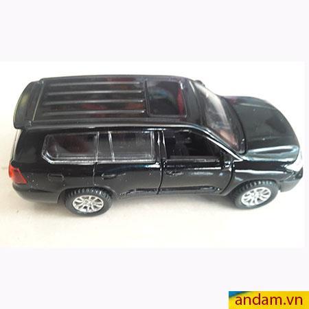 Xe ô tô trớn có đèn và nhạc màu đen - 002