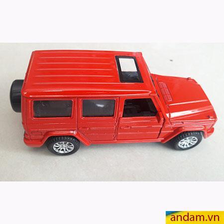 Xe ô tô trớn có đèn và nhạc màu đỏ - 001