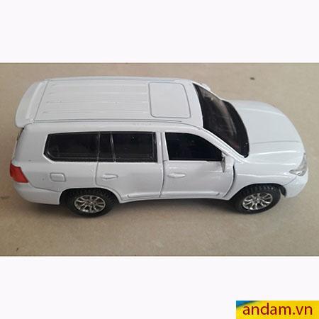 Xe ô tô trớn có đèn và nhạc màu trắng - 002